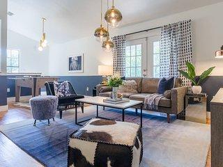 Spectacular 4BR / 2BA Austin Home