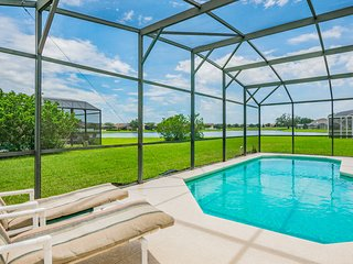 Beautiful home, lake view, south facing pool, 612