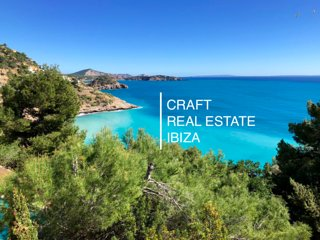 Frontline sea luxury villa; Villa Perla