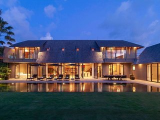 Villa Taijasa - luxury 5 bd villa w/20m pool