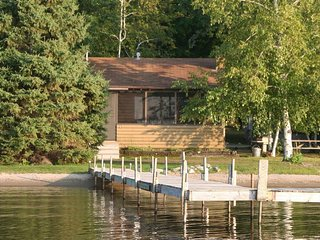 #5 | Ideal Location on Level, Sandy Shore of Gull Lake Cabin 5