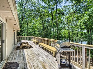 Lake Hartwell Home w/ Private Dock - Near Clemson!