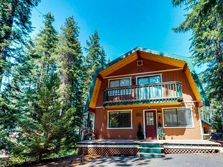 NEW LISTING! Three separate cabins, Fish Lake access, game room & hot tub