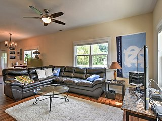 Asheville Home w/ 2 Patios - 10 Mins to Downtown!