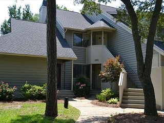 West Hyde Park 14B 2BR 2BA Villa at Kingston Plantation. FREE WIFI!