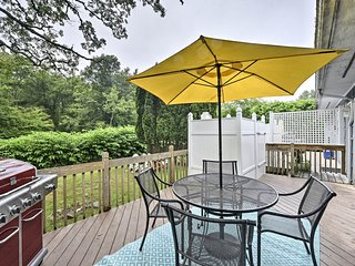 NEW! Narragansett Townhome on 2.5 Acres Near Ocean