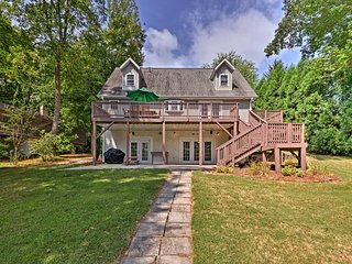 NEW! Waterfront Lake Norman Home w/ Private Dock!
