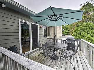 NEW! Charming Narragansett Home w/ Deck & Grill!