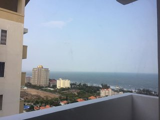 Tropical stay - Ocean view from 21st floor