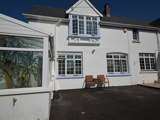 62979 Cottage situated in Westward Ho!