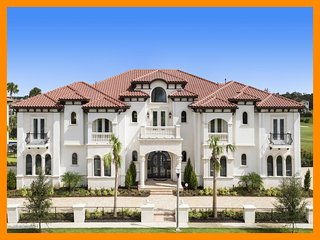 Reunion Resort 14000 - Celebrity-style mansion with pool, home theater and game