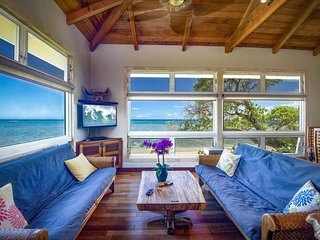 ALOHA SUNRISE 3: A  beachfront 3 bedroom 3 bath home at Tiki Moon Villas