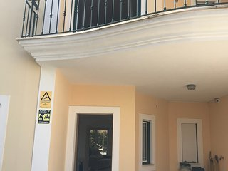 Beautiful townhouse 500m from the beach and the town , fantastic Rolf terrace