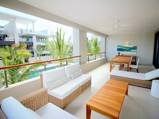 Modern and sizeable 3 bedrooms apartment close to Grand Baie - Element Bay II