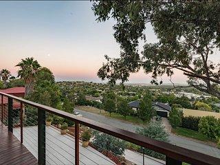 Wagga Wagga View Home