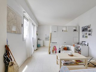 Bright apartment near Bercy
