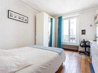 Magnificient 50sq flat near Montmartre