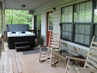 Nacoochee 1 ( 1 Bedroom cabin )