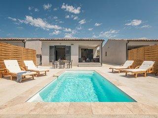 location estivale villa neuve tout confort