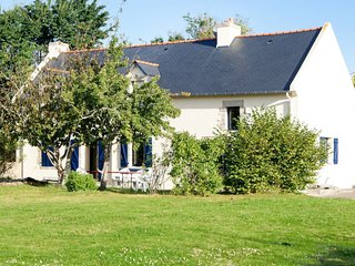 4 bedroom Villa in Kerguillaouet, Brittany, France : ref 5649965