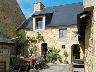 3 bedroom Villa in Arzon, Brittany, France : ref 5649964