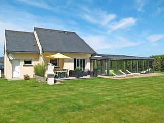 3 bedroom Villa in Bas Pen-ar-Forest, Brittany, France : ref 5649984