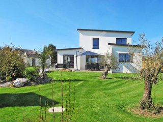 4 bedroom Villa in Plougasnou, Brittany, France : ref 5650440