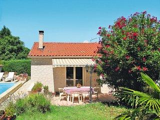 3 bedroom Villa in Saint-Paul-en-Forêt, Provence-Alpes-Côte d'Azur, France : ref