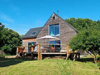 3 bedroom Apartment in Pont-Scorff, Brittany, France : ref 5650412