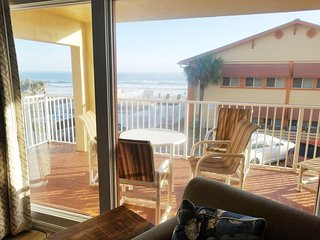 2 Br Oceanfront Resort Partial View * Heated Pool