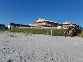 2 Br Oceanfront Resort Partial View * Amazing August Deal!
