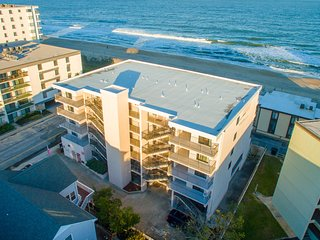 3 Br OceanFront Resort, Pool, 81st St. ST 205