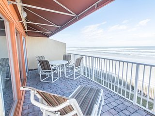 OCEANFRONT 2BR- Amazing August Deal!