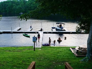LAKEFRONT * DEEP CREEK * BOAT DOCK 1