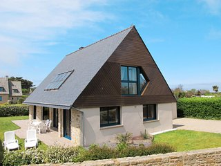 3 bedroom Villa in Santec, Brittany, France : ref 5650467