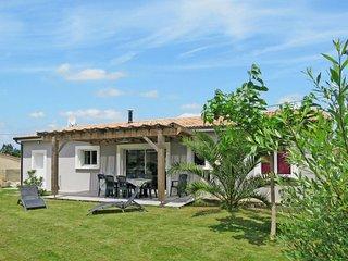 3 bedroom Villa in Soulac-sur-Mer, Nouvelle-Aquitaine, France - 5649891