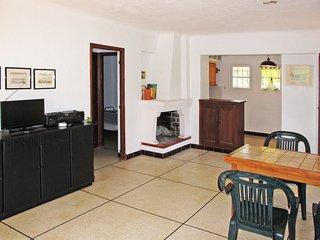 2 bedroom Villa in Saint-Peïre-sur-Mer, Provence-Alpes-Côte d'Azur, France : ref