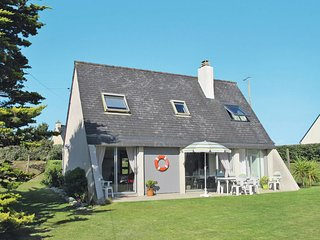 3 bedroom Villa in Trérohant, Brittany, France : ref 5650319