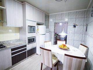Casa Eldorado - 3 quartos (1 suíte)