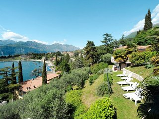 2 bedroom Apartment in Malcesine, Veneto, Italy : ref 5648709