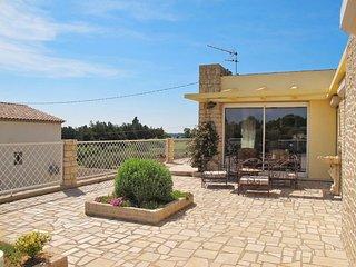 3 bedroom Apartment in Saint-Cannat, Provence-Alpes-Cote d'Azur, France : ref 56