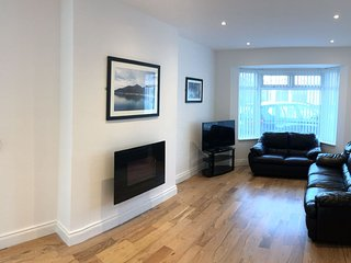 The Boulevard Newcastle, Wheelchair friendly self catering accomadion, Sleeps 8