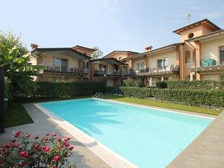 Casa Clara - appartement met zwembad vlakbij het Gardameer