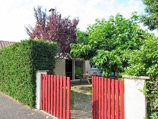 2 bedroom Villa in Andernos-les-Bains, Nouvelle-Aquitaine, France - 5650795