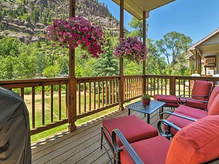 Updated Home w/Mtn Views 1 Block to Downtown Ouray