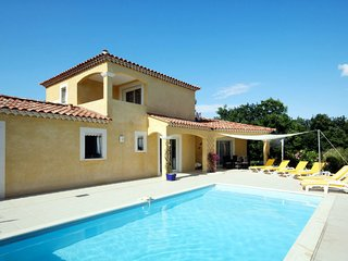 3 bedroom Villa in Arpaillargues-et-Aureillac, Occitanie, France - 5649909