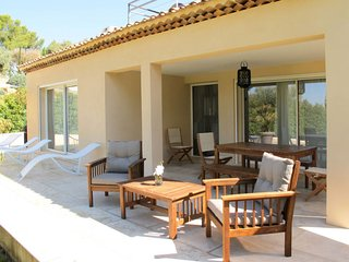 3 bedroom Villa in Saint-Cyr-sur-Mer, Provence-Alpes-Cote d'Azur, France : ref 5