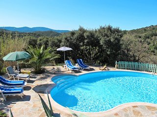 2 bedroom Villa in La Garde-Freinet, Provence-Alpes-Côte d'Azur, France : ref 56