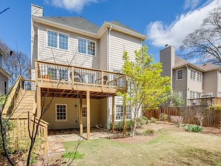 The Day Dreamer Atlanta ★ New Terrace ★ Sleeps 4!