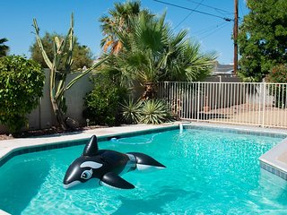 Soak in Oak ★ Sleeps 14 ★ BEST Scottsdale Location